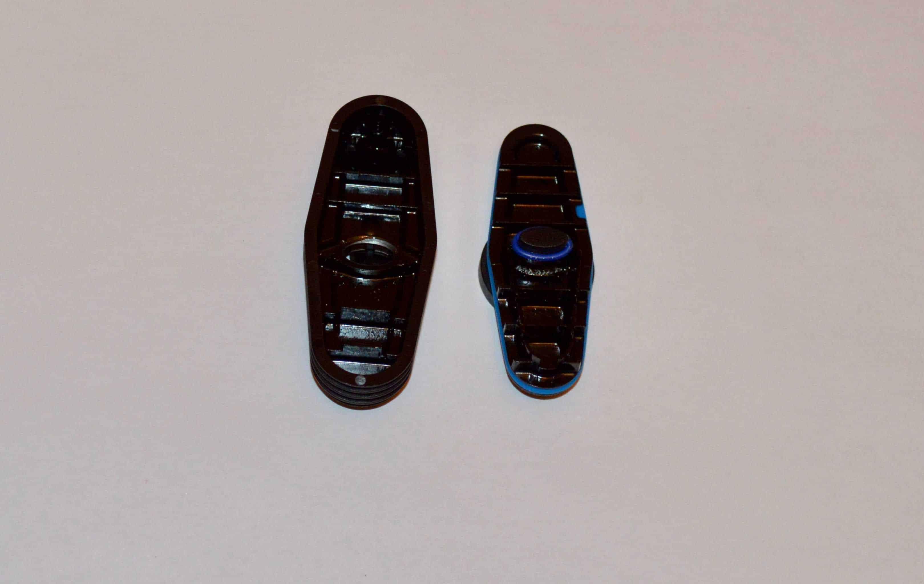 Wnętrze jednostki chłodzącej parę wymaga regularnego czyszczenia.