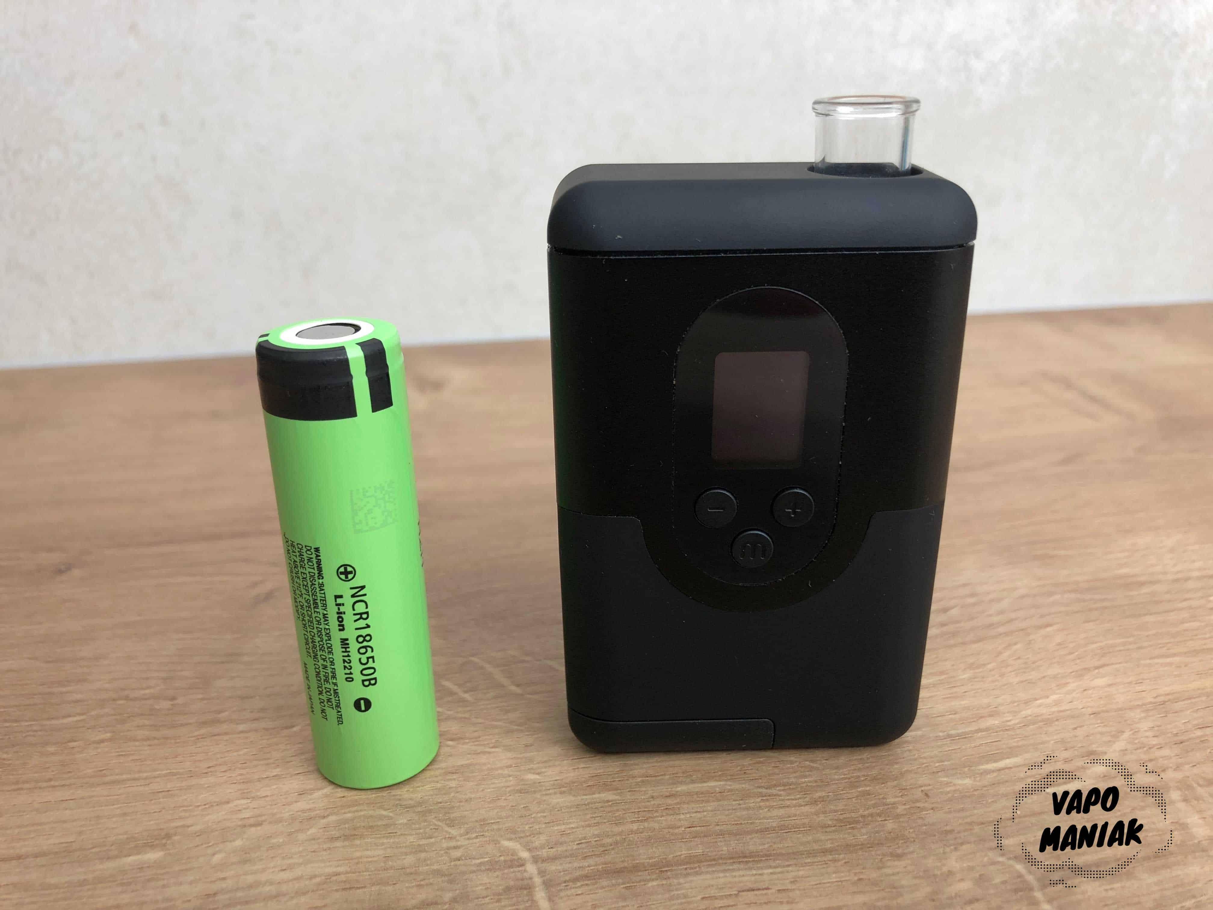 ArGo jest naprawdę mały! Obok bateria 18650.