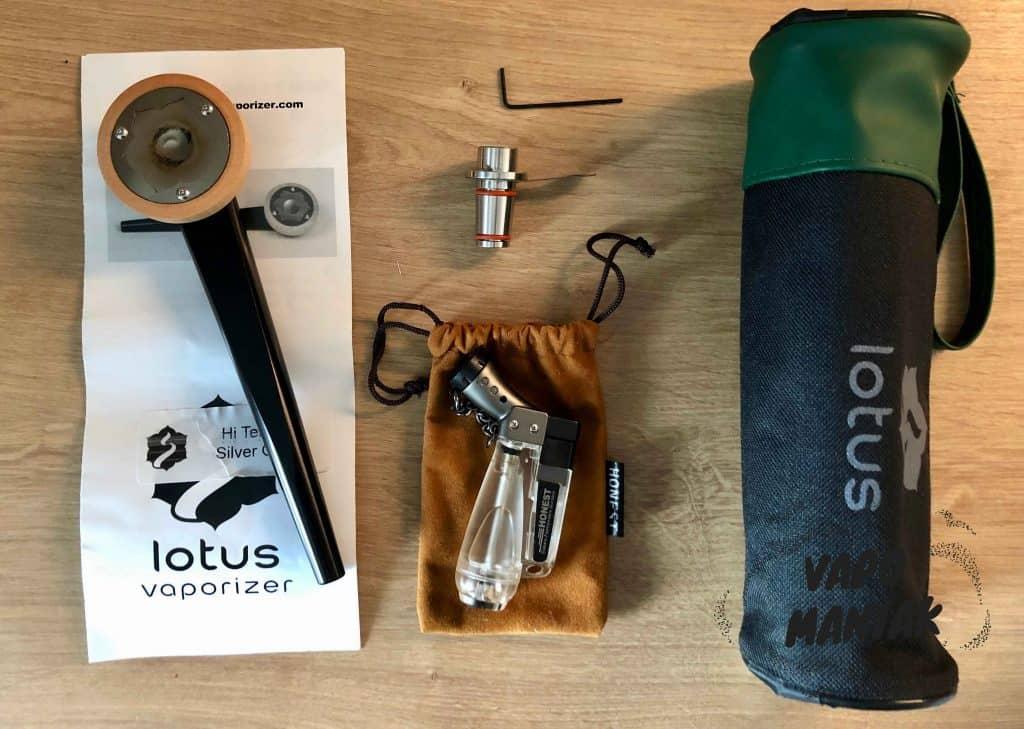 Zawartość zestawu Lotus Vaporizer z adapterem wodnym.