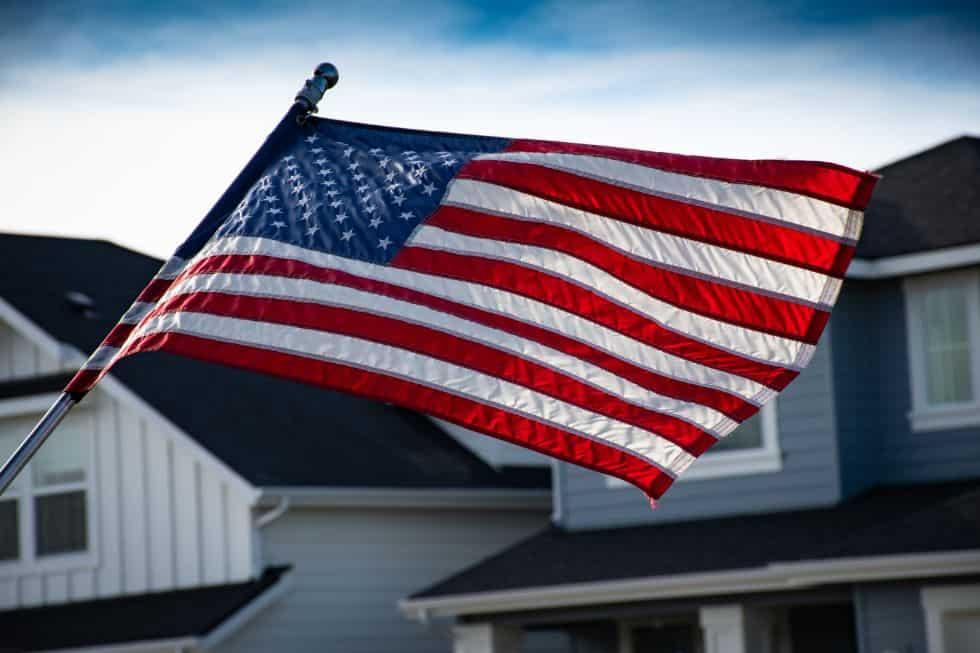 Zbliżenie na flagę amerykańską