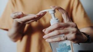 Firmy z branży konopnej pomogą w tworzeniu materiałów medycznych przeciwko COVID-19