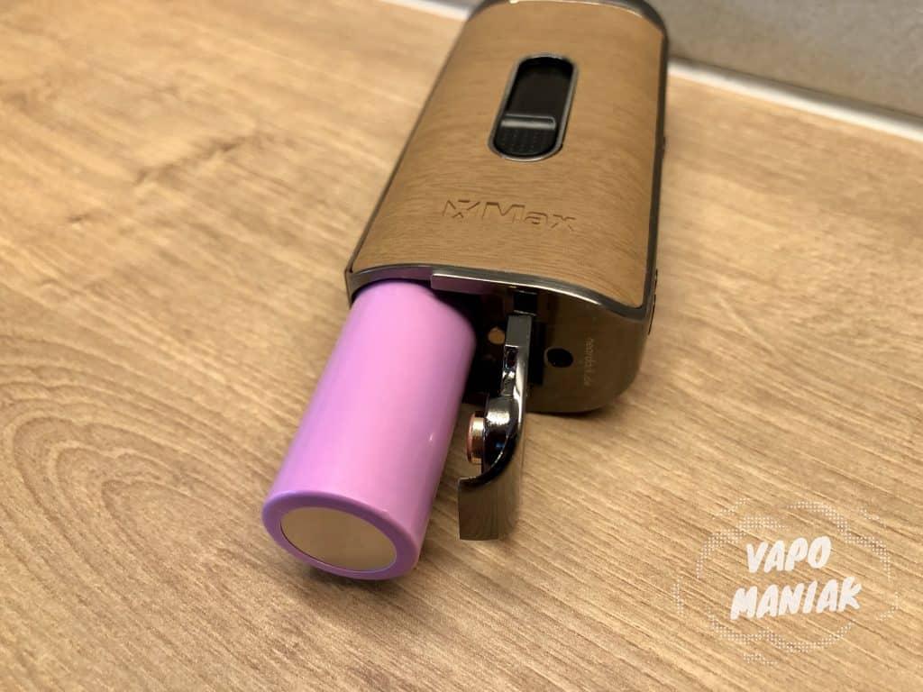 X-MAX Ace jest zasilany wymienną baterią 18650.