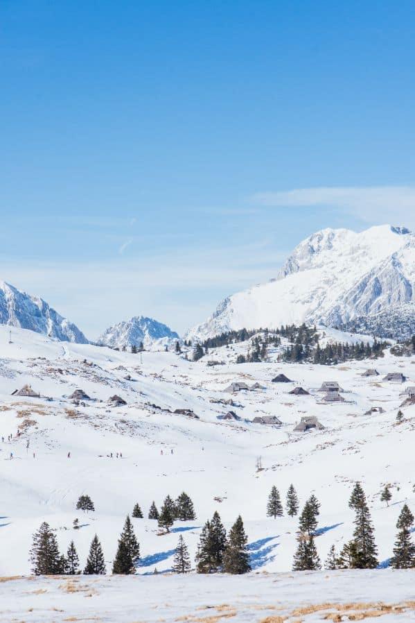 Słoweńskie ośnieżone góry