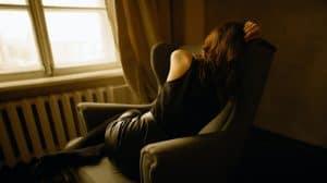 CBD i depresja. Jak kannabidiol wpływa na lęki i niepokój?
