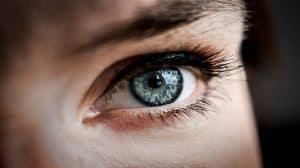 Jak THC wpływa na oczy?