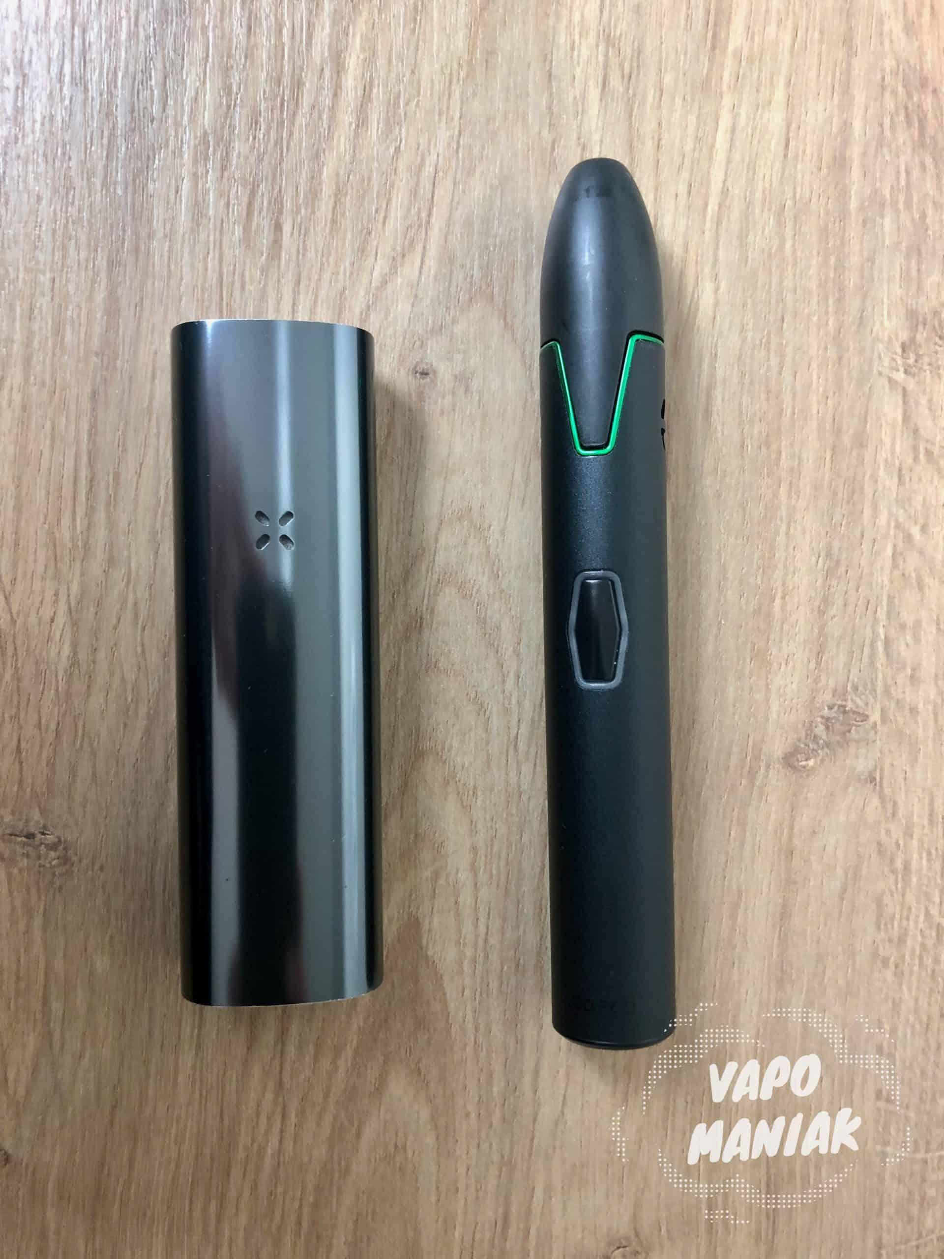 Porównanie wielkości PAX 3 (po lewej) oraz Vivant VLeaF Go (po prawej).