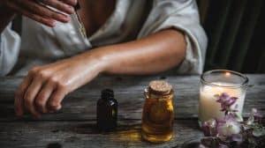 Czy można stosować olejek CBD w pielęgnacji włosów?