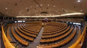 Które partie są za legalizacją - jak kształtuje się polityka konopna w Polsce?