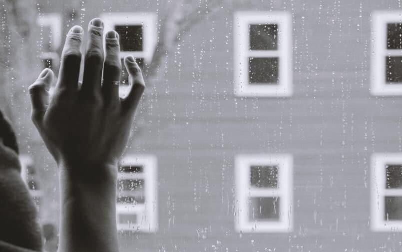 Okno i ręka
